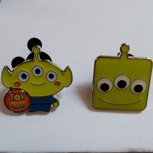 🌟Disney Parks Toy Story Land Booster 2 Alien PINS